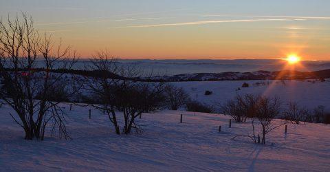 Col Loge_lever soleil neige